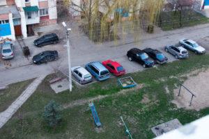 Какие правила дорожного двидения запрешают парковку автомобиля перед подтездом